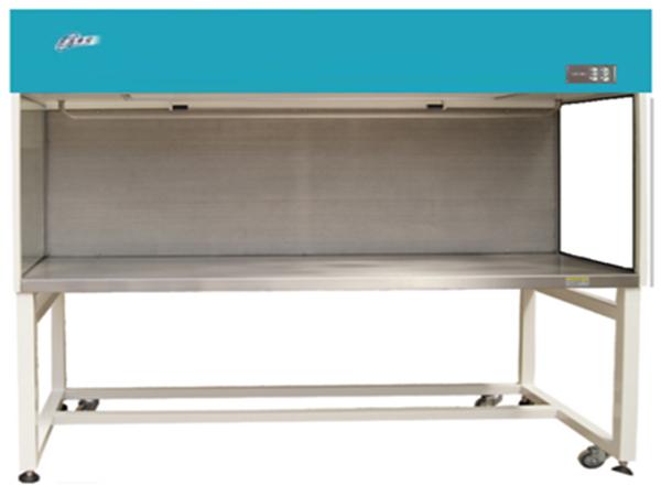 新型静脉配液中心用超净工作台
